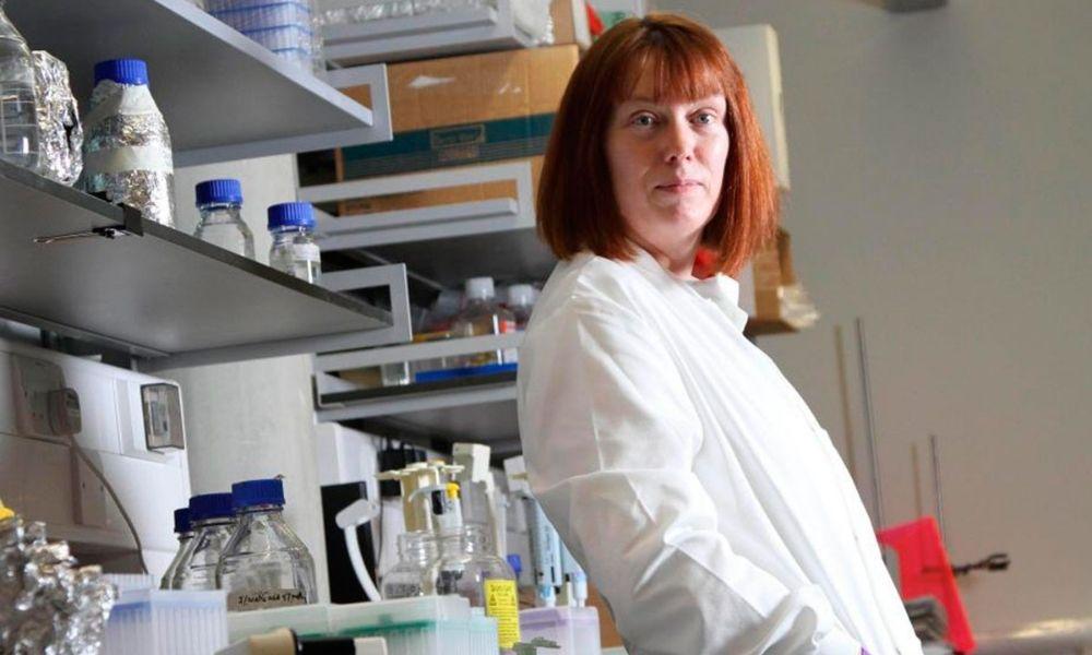 La líder del ensayo de la vacuna de Oxford cree que es la que más probabilidades tiene de salir adelante